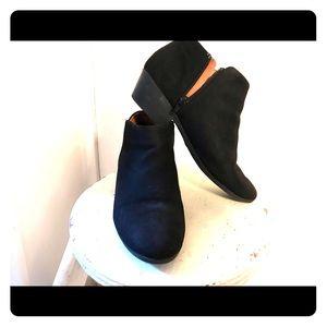 Black, low-heel booties